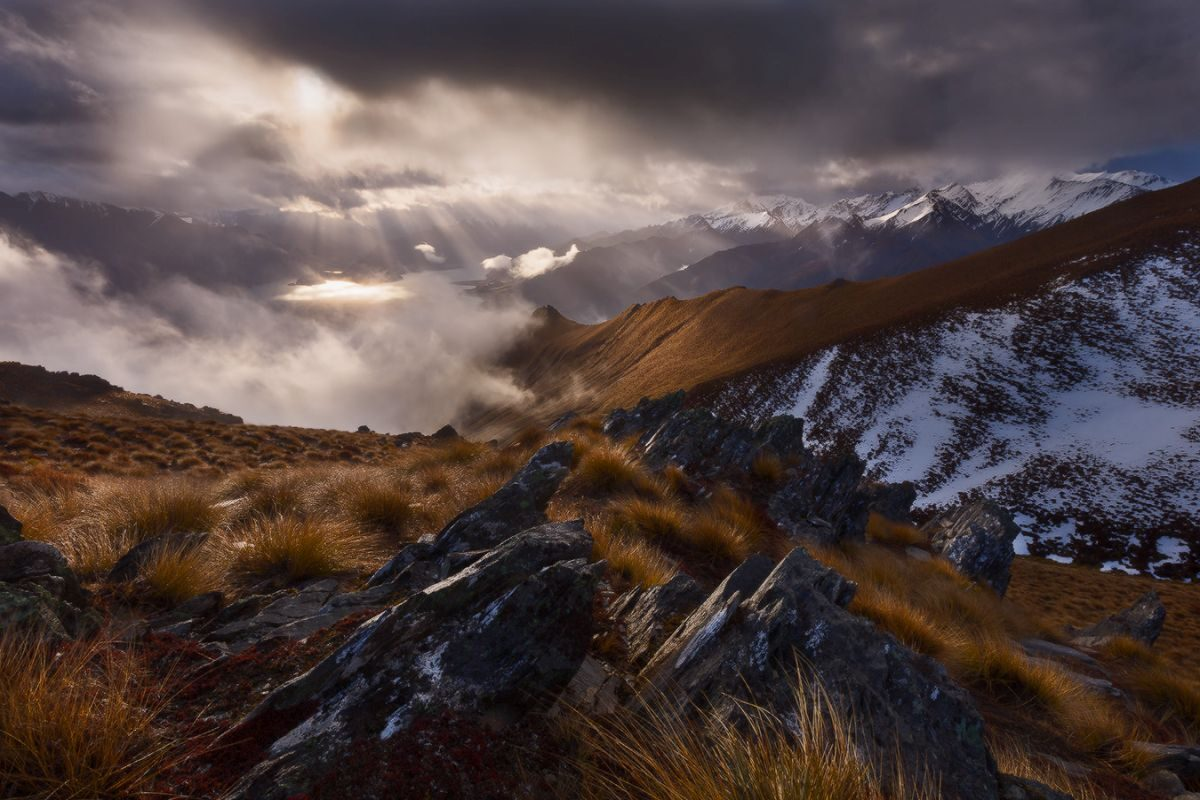 7 lanscape photography isthmus peak wanaka by dylan and marianne e1622711692347